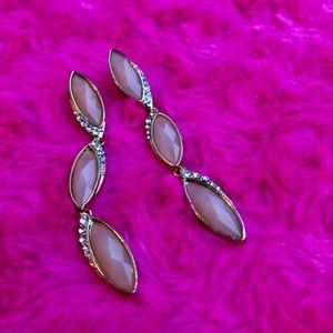 ⭐️ SALE ⭐️ | Studded Light Pink Dangly Earrings